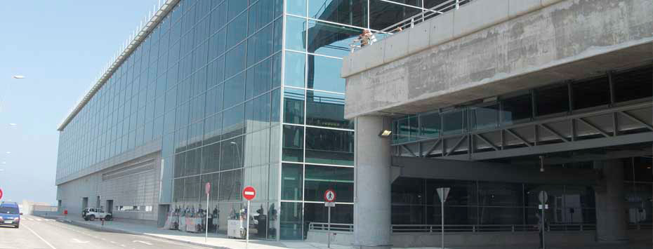 Alicante Airport is among the fifth most busiests airports in Spain.