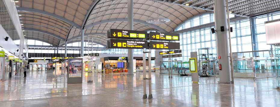 ALC Airport is located 9 kilometres from Alicante city.
